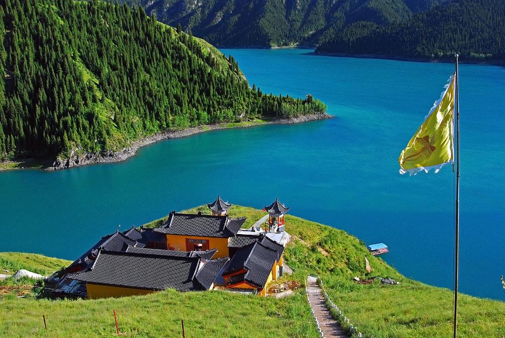 Jezioro Niebiańskie w Chinach